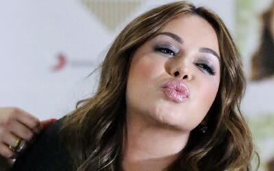 #FullAccess: ¿Cómo prepara sus labios Chiquis para dar un besote?