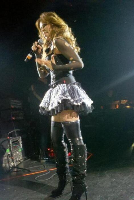 """La """"Madona mexicana"""" puso al Valle del Sol a bailar, en el concierto que..."""