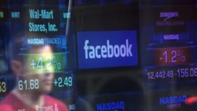 Facebook actualmente cuenta con 900 millones de miembros en activo.