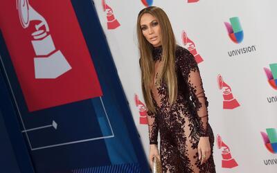 Roselyn Sanchez y J Lo se disputan el título de la mejor vestida de la a...