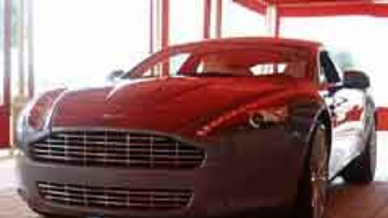 El debut en EU del Aston Martin Rapide 2010. 28391f66923843f285b3e38dbc0...