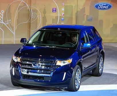 Ford Edge 2010El exitoso crossover de Ford tuvo unos retoques para su ve...