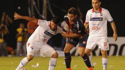 El juego se celebró en el Estadio Defensores del Chaco de Asunción, Para...