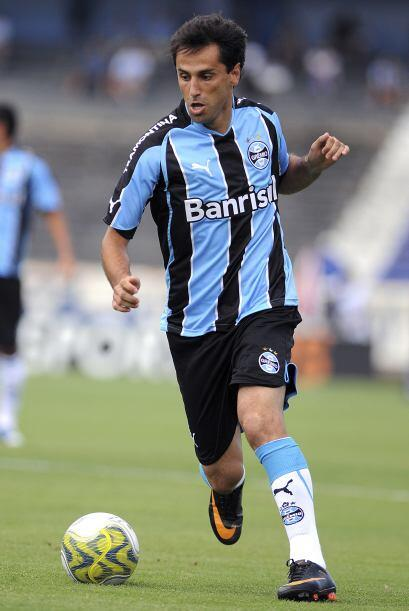 De hecho, el otro equipo de Porto Alegre, Gremio, fue ganador de dos Lib...