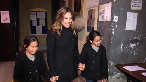 Karla y sus hijas visitaron a la Virgen de Guadalupe en Roma