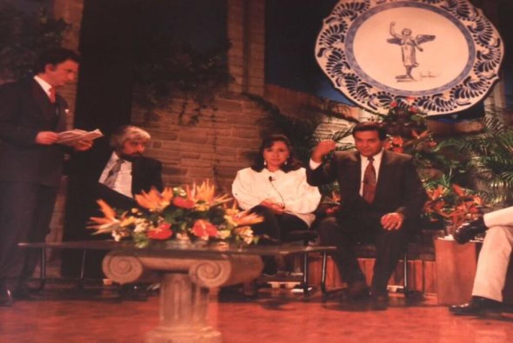 Participó durante un tiempo en el programa de Nino Canún.