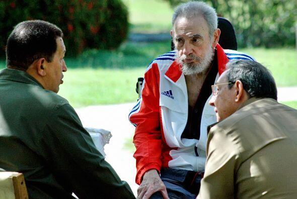 El iraní Mahmud Ahmadinejad, el sirio Bashar Al Asad, el bielorruso Alex...