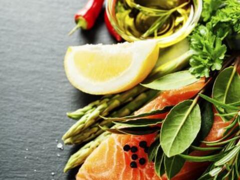 Toma una de las clásicas recetas con salmón, cambia alg&ua...