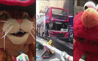 Un autobús de turistas en NY se chocó y personajes de Times Square se co...