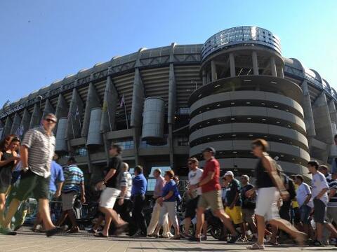 La afición madridista se daba cita en el estadio Santiago Bernab&...