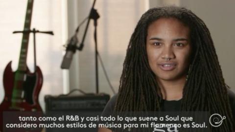 Tonina Saputo, contrabajista y cantante, navega entre géneros, épocas e...