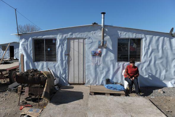 Otras 76 mil viviendas quedaron destruidas y como sus familias eran due&...
