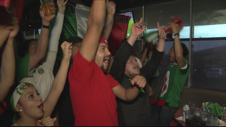 Locura de los fans por triunfo de México