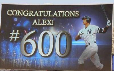 Alex Rodríguez se convirtió en el jugador más joven que conecta 600 jonr...