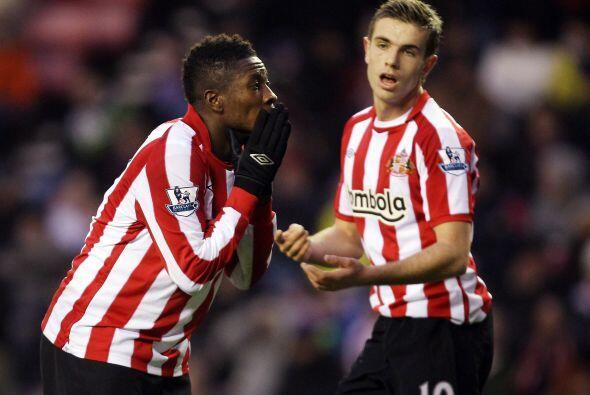 Los goles de Campbell significaron la derrota de Sunderland por 2-0.