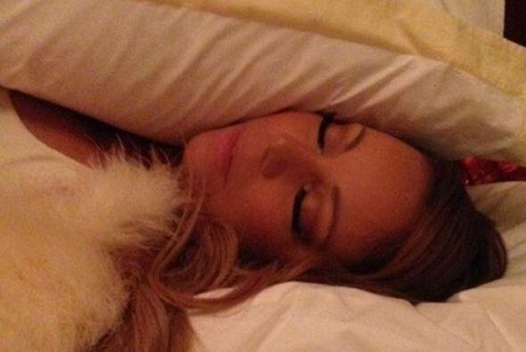Mariah Carey, ¡hasta cuando duerme es una diva! Maquilladita y como muñe...
