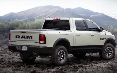 Auto Show de Los Angeles: GMC Canyon Denali 2017 ram-la-auto-show-trucks...