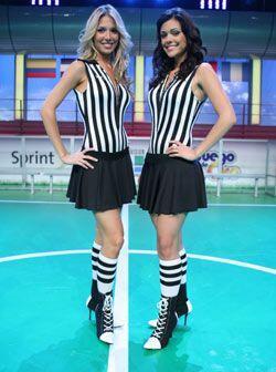 Alessandra (izq.) y Anabella son las dos Jueces de Línea en el Ju...