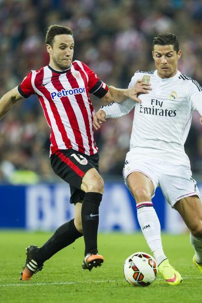 Cristiano Ronaldo volvió a tener un partido para el olvido y pas&...
