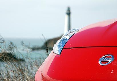 Esta es la segunda vez que Nissan brinda un modelo de alta performance,...