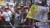 Los fieles esperaron alrededor de la Basílica de Guadalupe para recibir...
