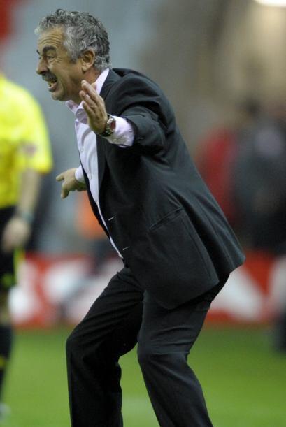 ''José Mourinho es un canalla'': Manuel Preciado (DT del sporting).