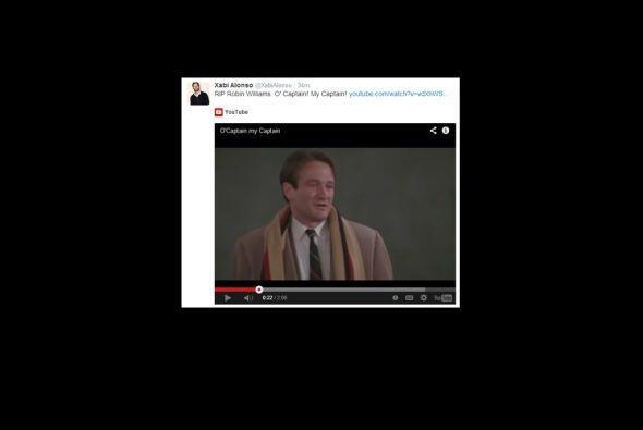 Xabi Alonso también recordó a Robin Williams.