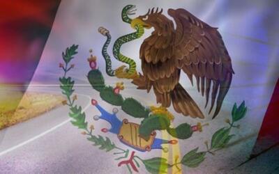 Mexico bandera aguila