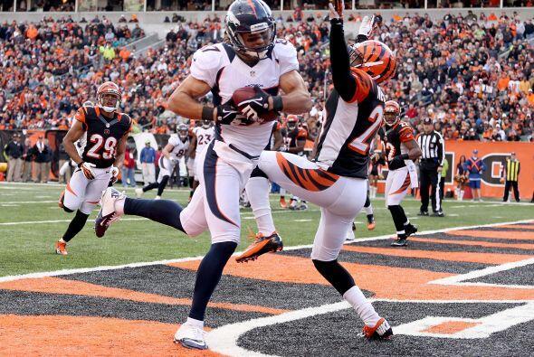 Los Denver Broncos vinieron de atrás para vencer por 31-23 a los Cincinn...