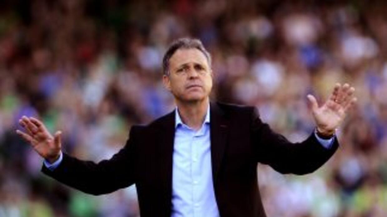Joaquín Caparrós fue destituido como técnico del Mallorca tras caer ante...