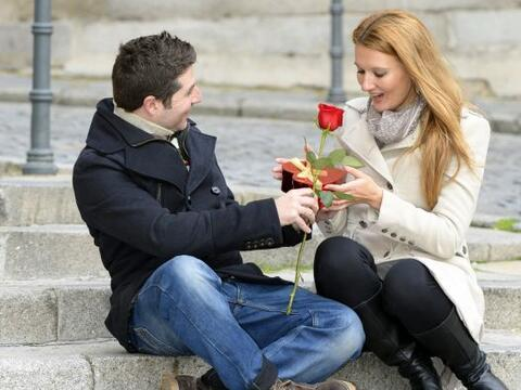 ¡Las flores hablan! Su lenguaje se expresa en poesía y cada...