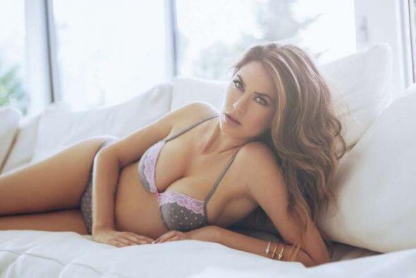 La presentadora italiana es una de las mujeres más espectaulares...