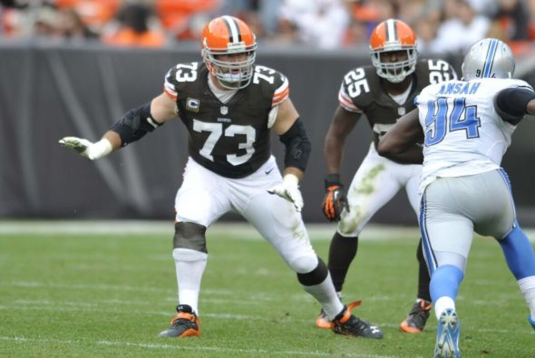 #18 T Joe Thomas, Cleveland Browns (AP-NFL).