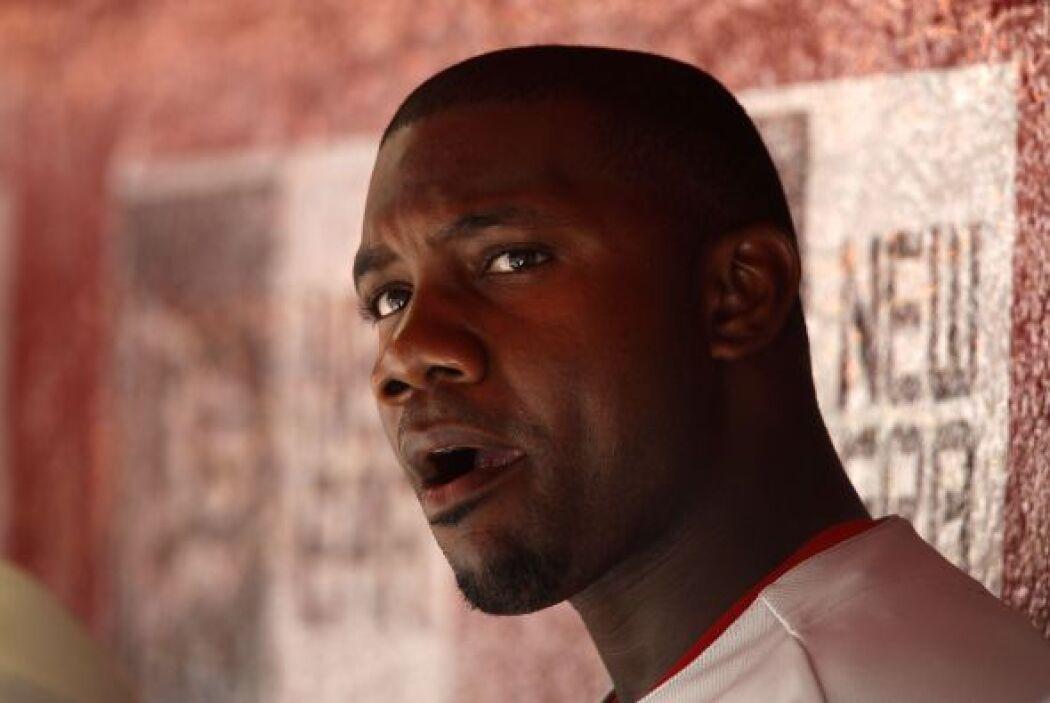 40. RYAN HOWARD- El beisbolista primera base de los Phillies también es...