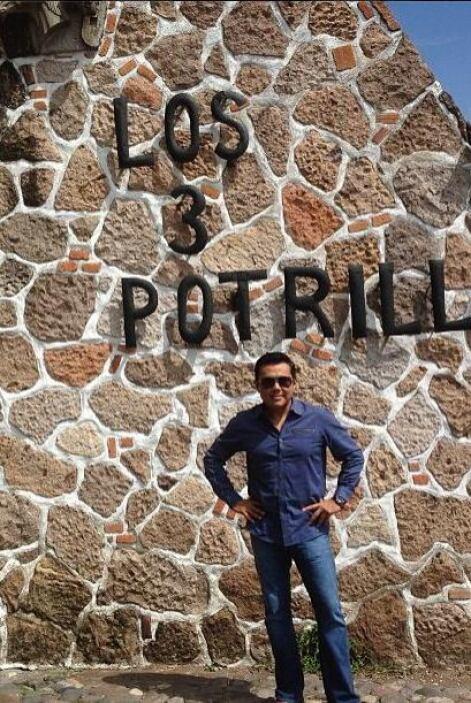 Incluso, tuvo la oportunidad de visitar el rancho Los 3 Potrillos de Vic...