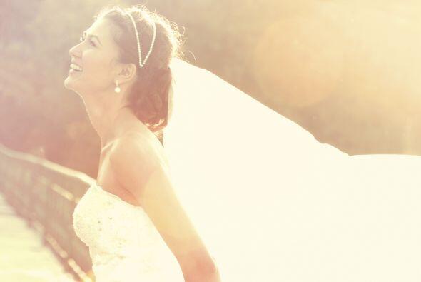 Eres una mujer soltera y mueres por que llegue el día de tu boda , ahora...