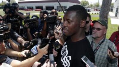 Aldon Smith (AP-NFL).