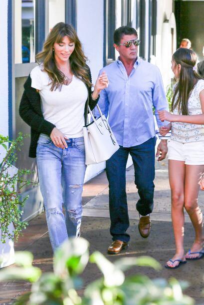 Disfrutaron de un almuerzo familiar con sushi por Beverly Hills.