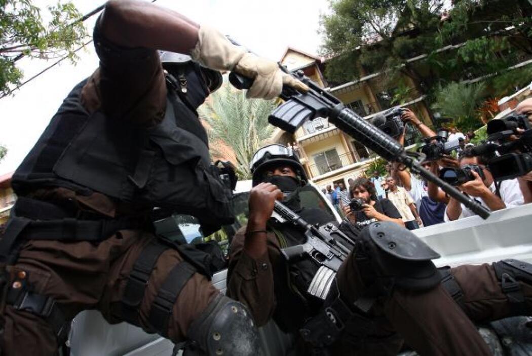 En el arresto se desplegó un fuerte dispositivo de policías que contó co...