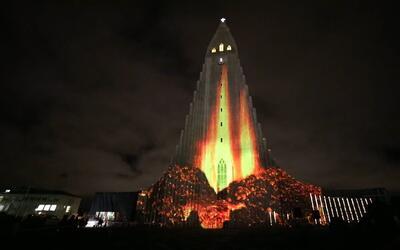 Festival de las Luces ilumina la oscuridad del invierno islandés