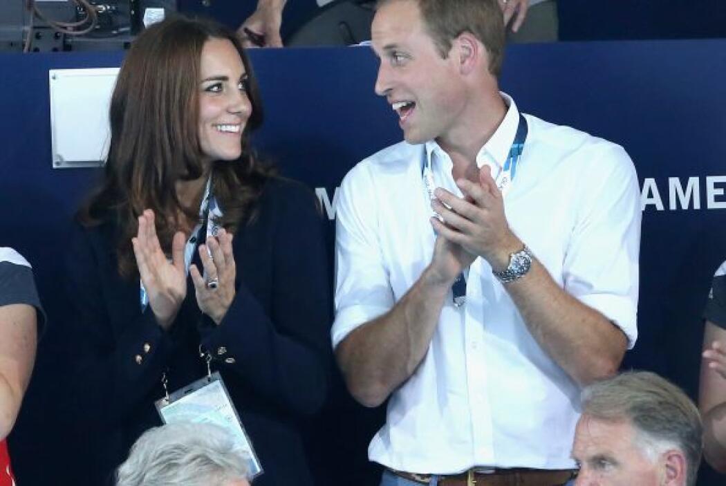 Ahora dejaron al pequeño George en casa con su nana.