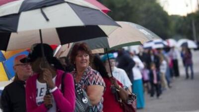 Desde St. Petersburg hasta Miami, las largas filas marcaron las eleccion...