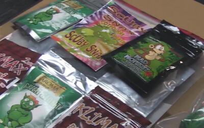 """La droga inicialmente fue llamada """"marihuana sintética"""", sin emba..."""