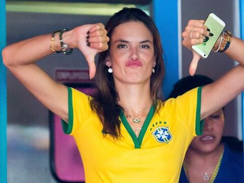 Muy tristes salieron las bellas modelos brasileras después de ver...