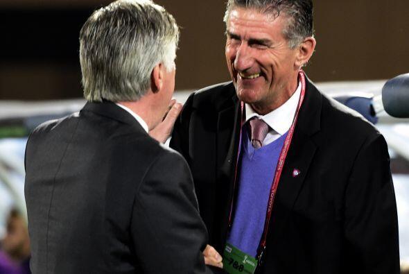 Los estrategas Carlo Ancelotti y Edgardo Bauza se saludaban pero ambos d...