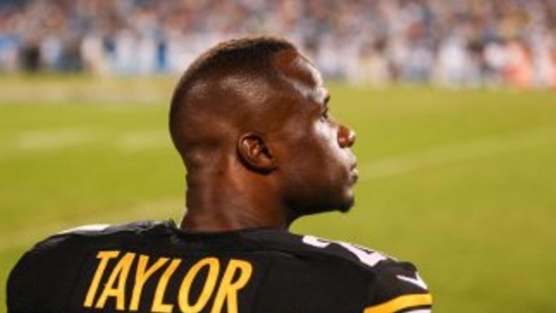 Ike Taylor se quedará en los Steelers (AP-NFL).