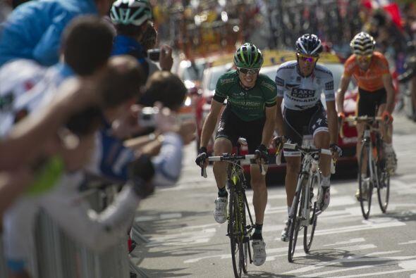 El ciclista galo salió con la firme conviccion de llevarse esta mítica e...