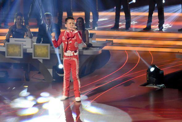 Esto fue muy impresionante porque nos demostró su potente voz, ad...