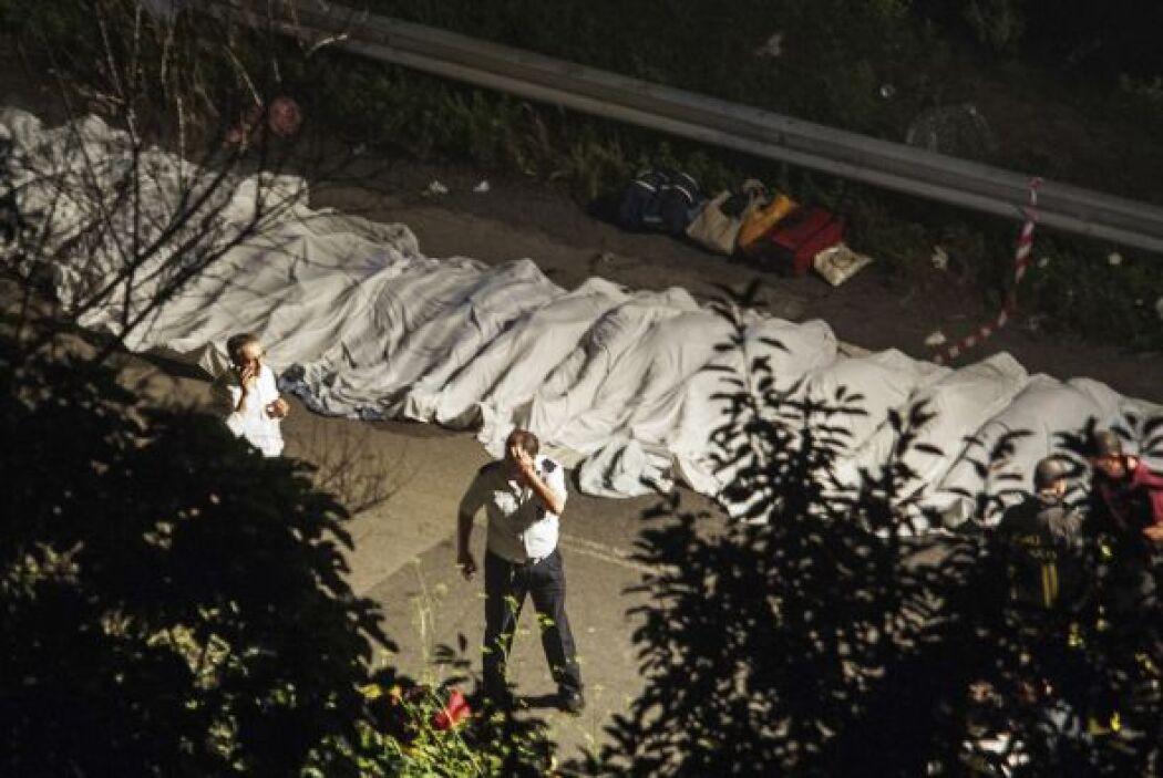 De acuerdo con los medios de comunicación italianos, los ocupantes del a...