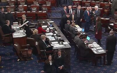 Senado de EEUU vota a favor de ley que impedirá a personas con trastorno...